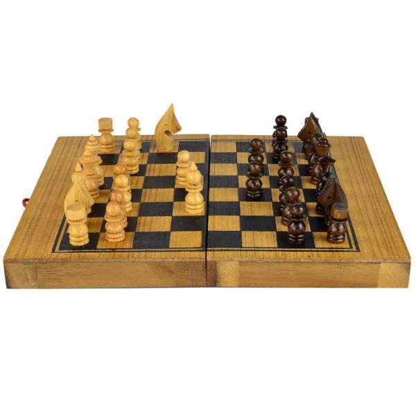 Brettspiel Schach mit Backgammon