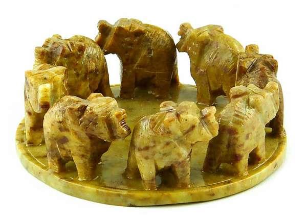 Elefant im Kreis